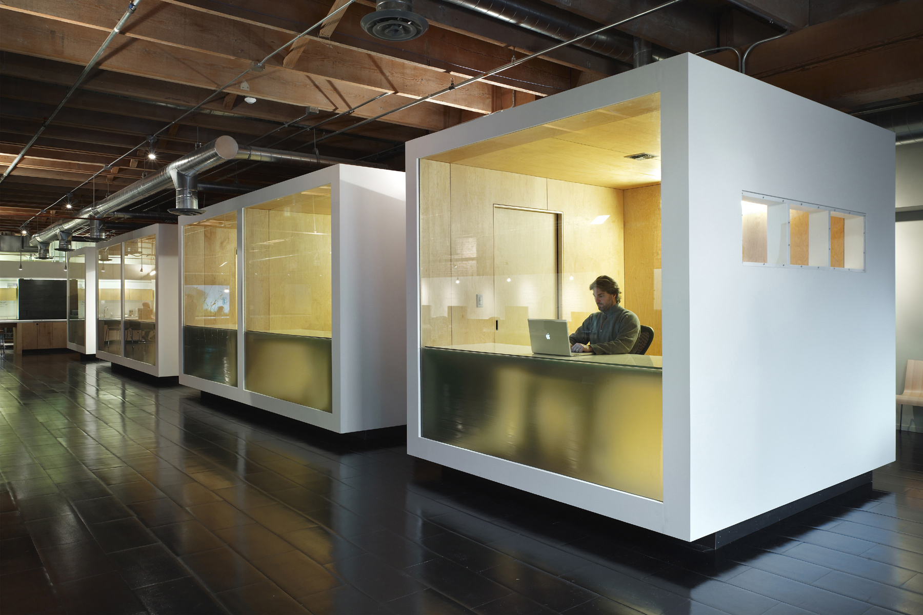 characteristics of a contemporary office interior design malaysia